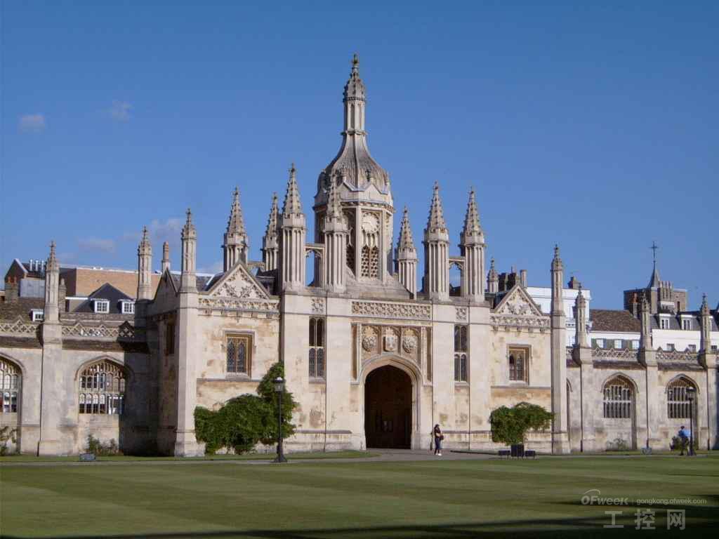 与剑桥大学并列世界第二,仅次于美国麻省理工学院.