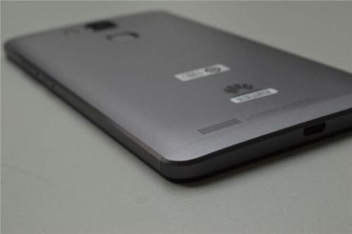 华为Mate7评测:工艺性能已极致 魅族MX4 Pro如何比?
