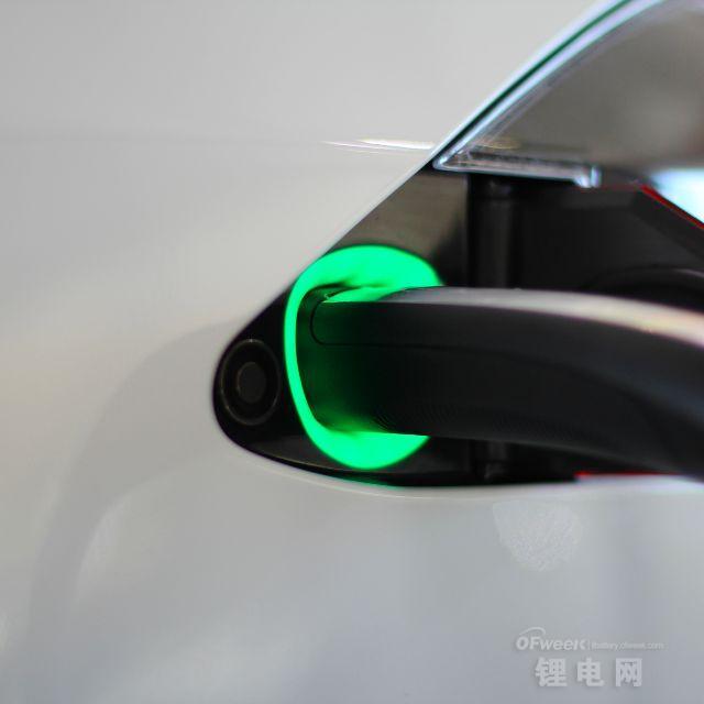 揭秘为什么说特斯拉只有降低电池成本才能生存?